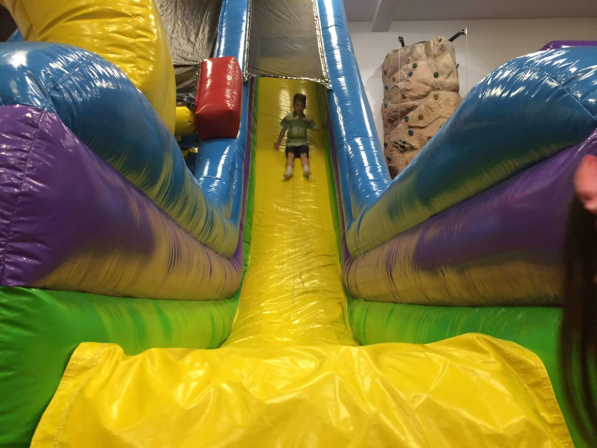 inflatable-slides-parties